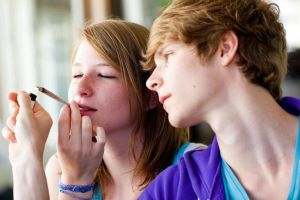 teens with weed